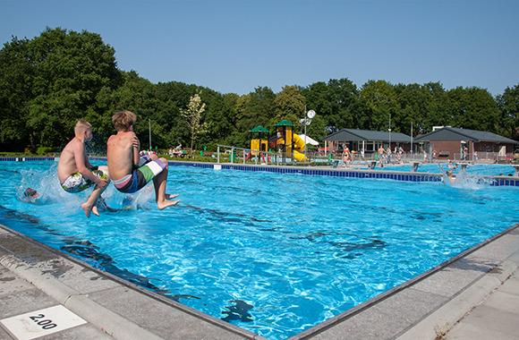 Zwembaden gemeente aa en hunze - Fotos van het zwembad ...